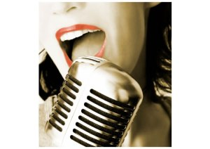 woman-singing-microphone-vintage-525