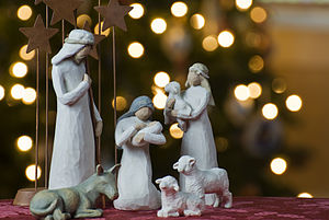 300px-Nativity_tree2011christmas