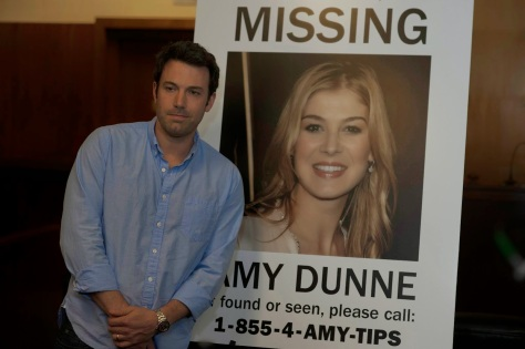 ben-affleck-and-rosamund-pike-in-gone-girl-new-york-film-festival-2014-gone-girl-review missing girl