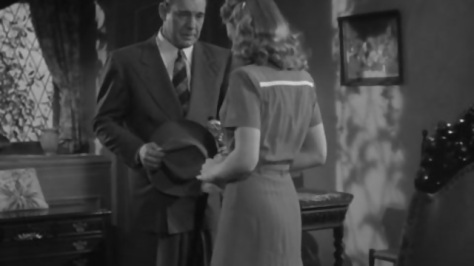the_wolf_man_1941_larry_is_talking_to_gwen