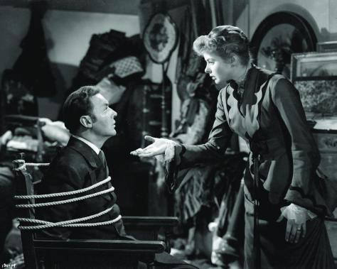 still-of-ingrid-bergman-and-charles-boyer-in-gaslight-(1944)-large-picture
